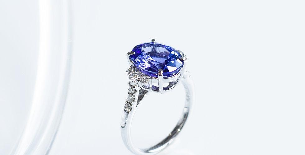 Tanzanite OV Ring