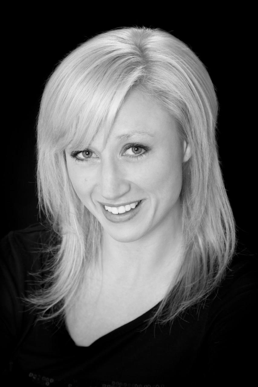 Stephanie Lilley headshot 4