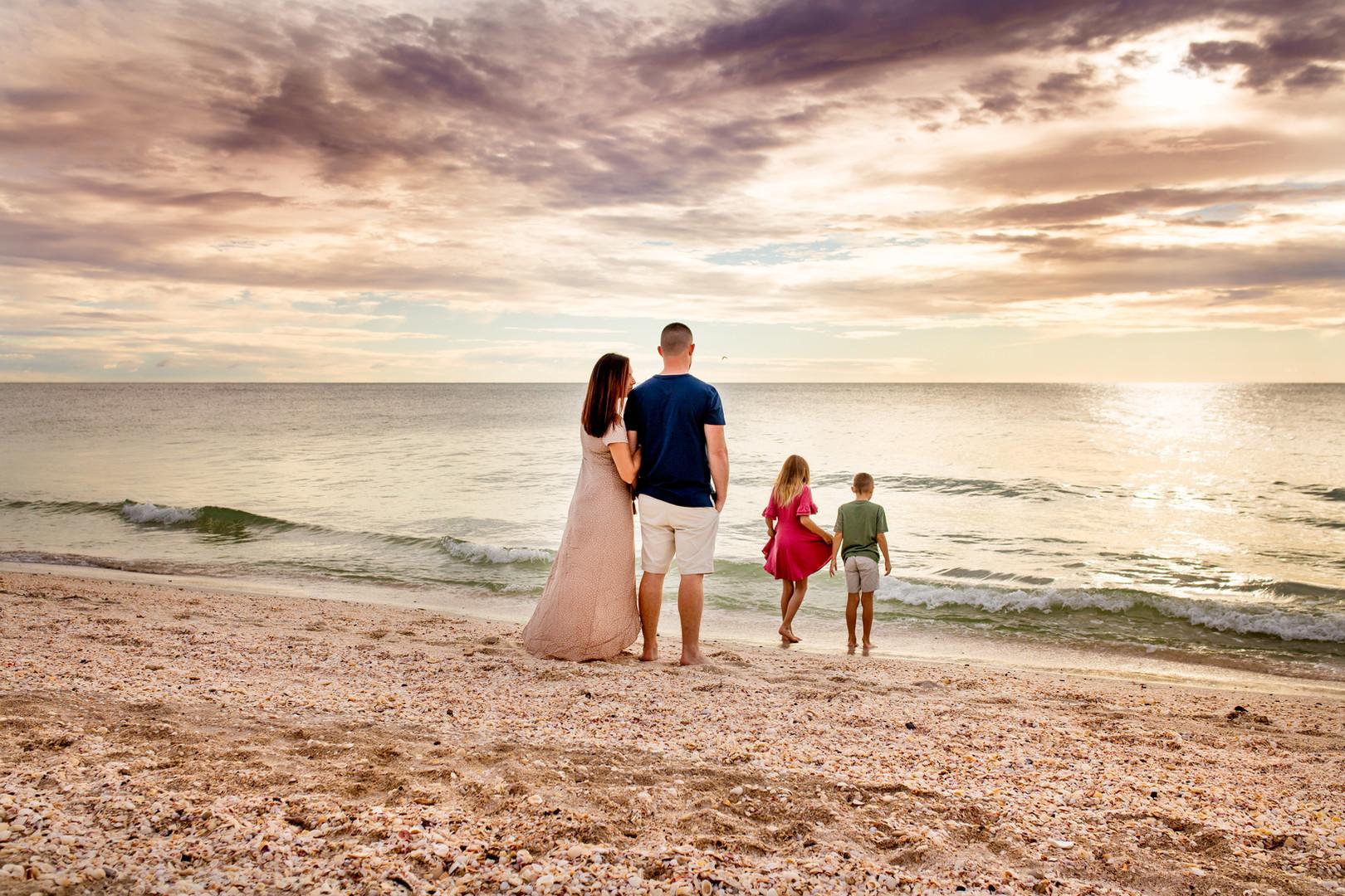 Bianca Ben Beach Family Photography 005.jpg
