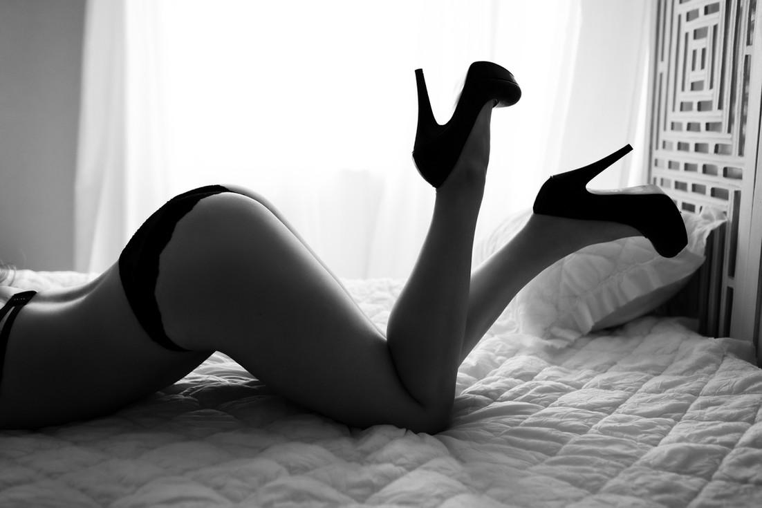 Hannah Rose Boudoir Crystal -36.jpg
