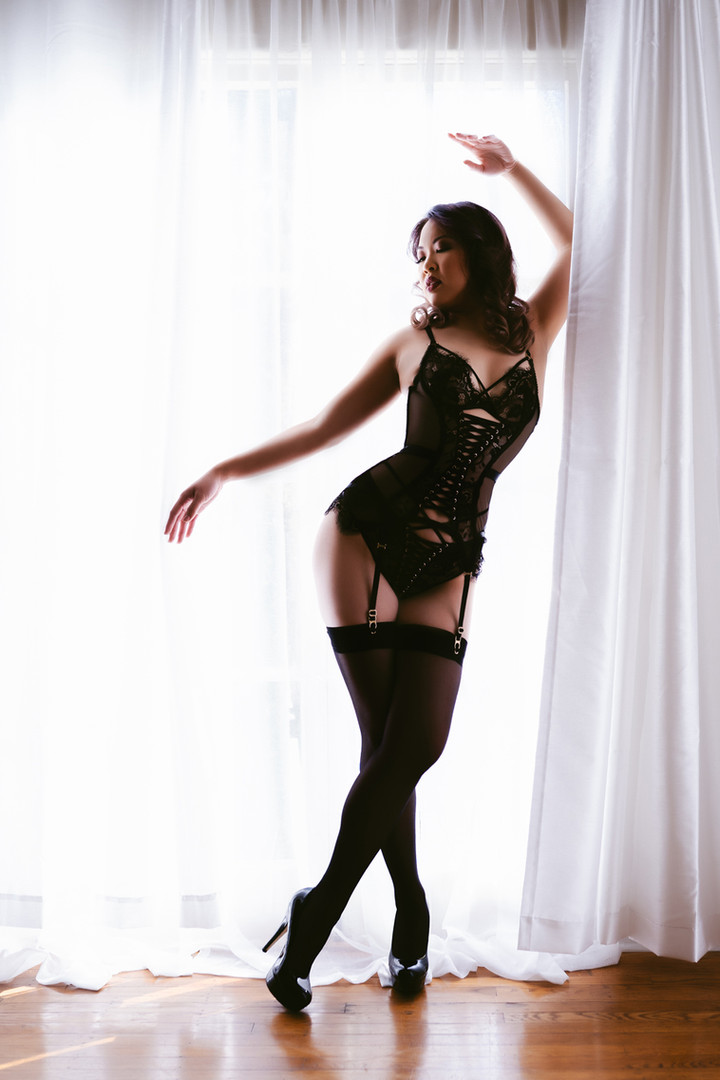 Hannah Rose Boudoir Crystal -53.jpg