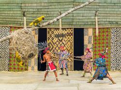 Walé Bontongu, Hung by Weavers