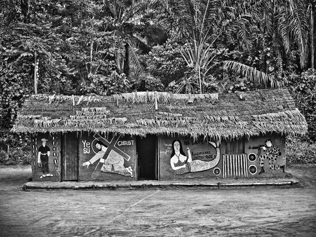 Bikoro Hut 1
