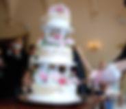 シュガークラフト,オーダーケーキ,ウェディングケーキ,オーダーメードウェディングケーキ,花嫁様手作り,ピンク,リボン,水玉