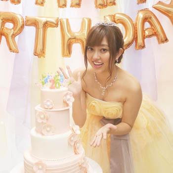 菊地亜美さん、バースデーケーキ、シュガーケーキ、オーダーケーキ