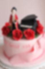 シュガークラフトバースデーケーキ,オーダーメードウェディングケーキ,K-pop「JYJ」ジュンス,お誕生日ケーキ、アニバーサリーケーキ