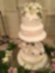 シュガークラフトウェディングケーキ,オーダーメードウェディングケーキ,花嫁様手作り,シュガーケーキ