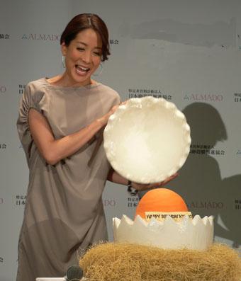 内田恭子さん誕生日シュガークラフトケーキ