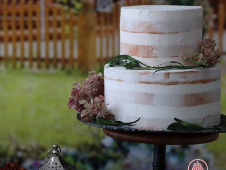 ネイキッドケーキのガーデンウェディング