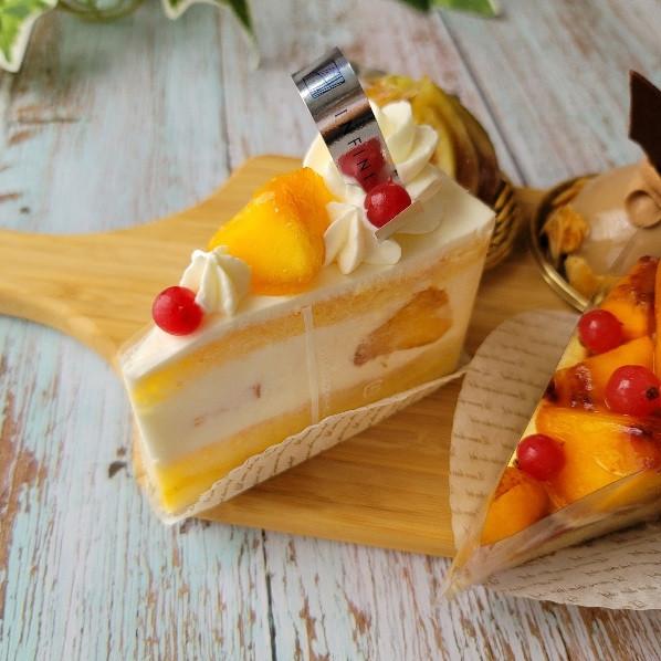 桃のショートケーキ、ショートケーキ、cake、アンフィニのケーキ