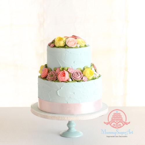 お花絞りのウェディングケーキ、シュガークラフト、アイシング