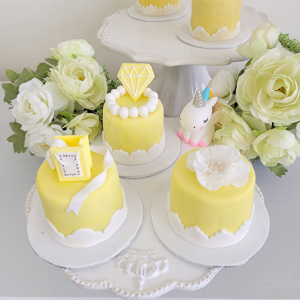 アニバーサリーケーキ、レモンイエロー、シュガークラフト、シュガーケーキ