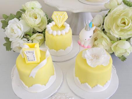 レモンイエローのケーキ