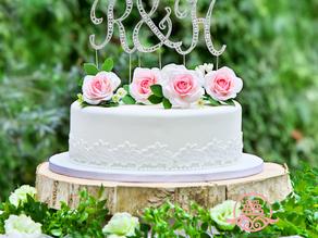 ケーキトッパーの撮影用ケーキ