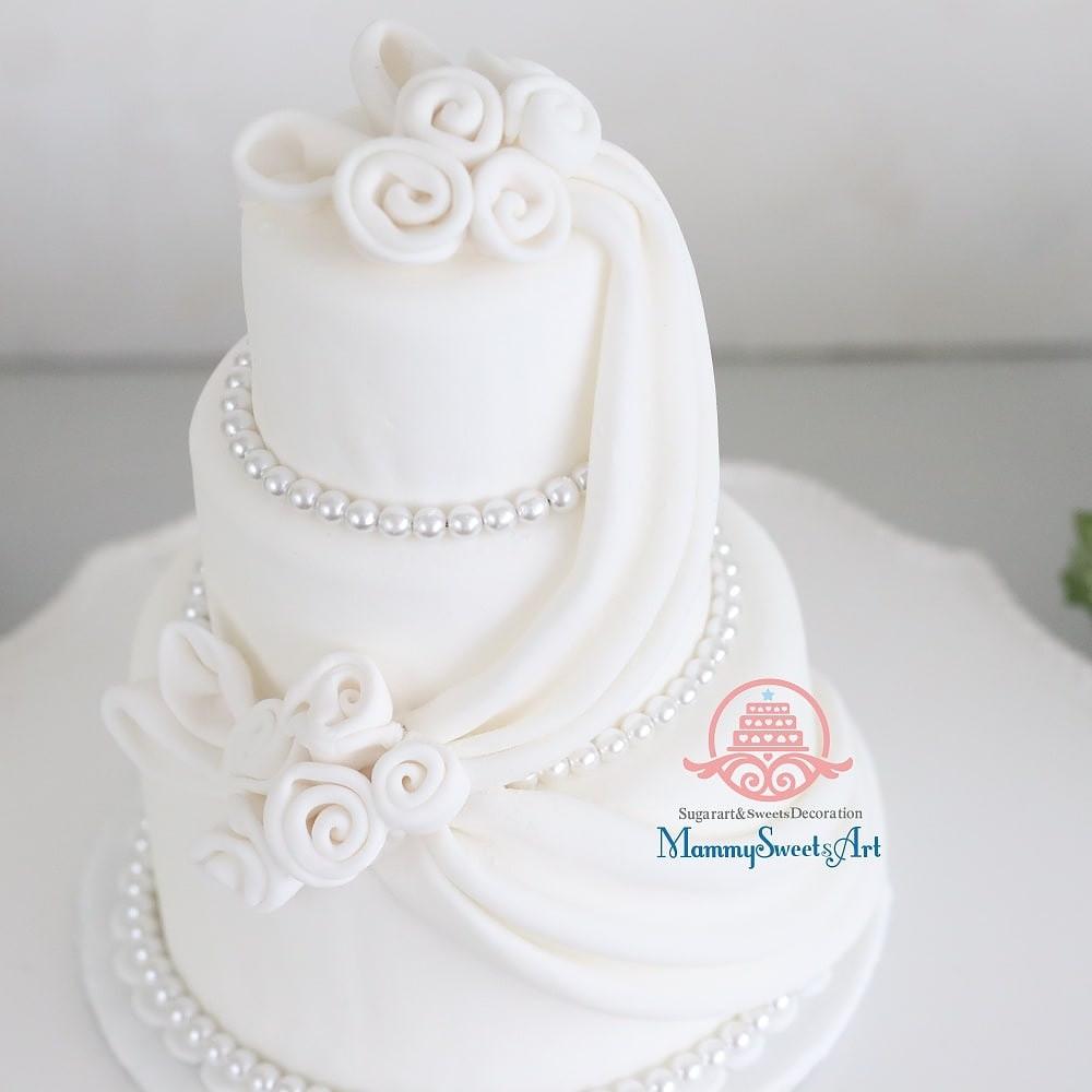 シュガークラフト、シュガーケーキ、ウェディングケーキ、食べられるアート、ミニケーキ、オーダーメード、オーダーケーキ、オーダー