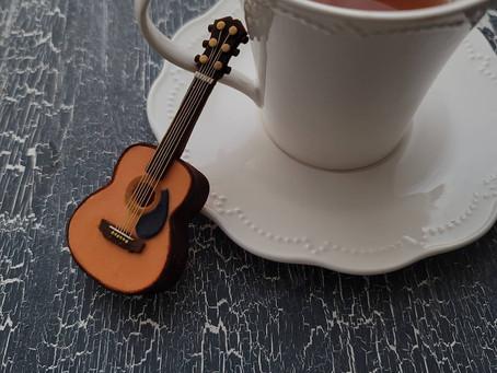 小さなギター