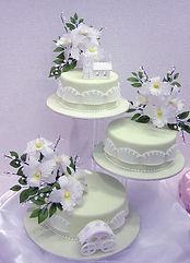 シュガークラフト,シュガーケーキ,ウェディングケーキ,オーダーメードウェディングケーキ,花嫁様手作り,ミントグリーン,リボン,水玉
