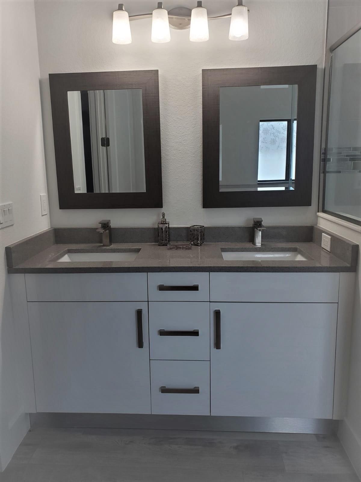 master bathroom gw with light gray
