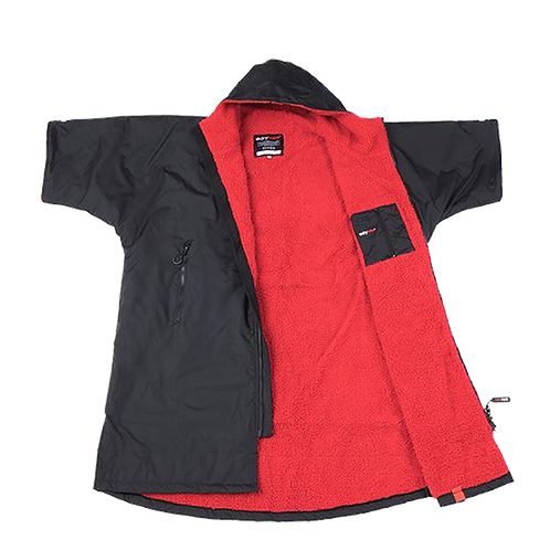 DRYROBE ADVANCE SHORT SLEEVE - BLACK / RED