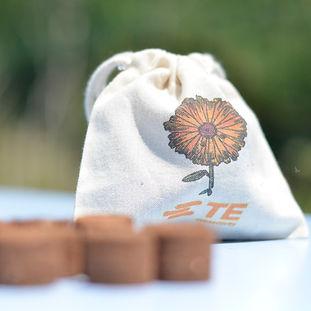 Pochon coton bio bombes à graines objet publicitaire éco-responsable