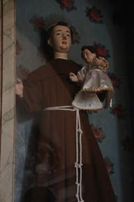 Santo António com o menino ao colo
