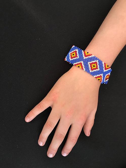 """8 1/2"""" Blue Beaded Bracelet"""