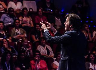 Conférence de Michaël Aguilar Faisez la différence !