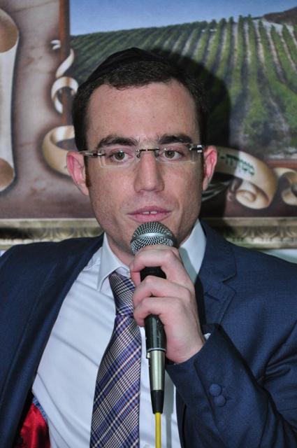 שידור מסוכת ראש עיריית בית שמש משה אבוטבול03.jpg