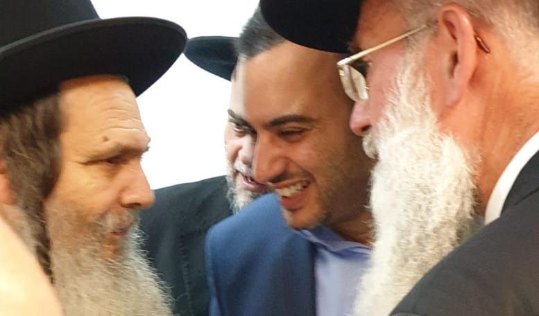 משה מרצ'לו עם הרב ארוש והרב וקסלר