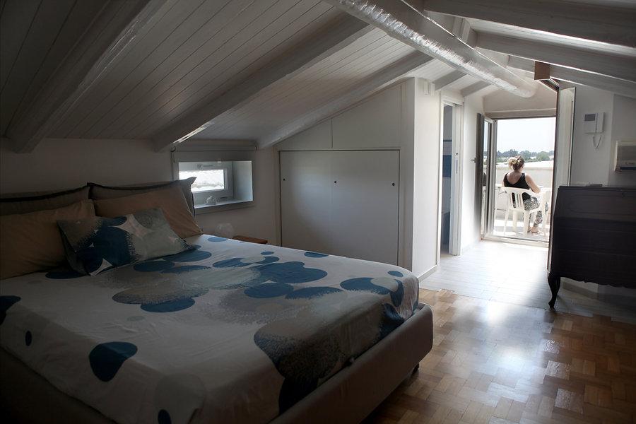 bedroom 00.jpg