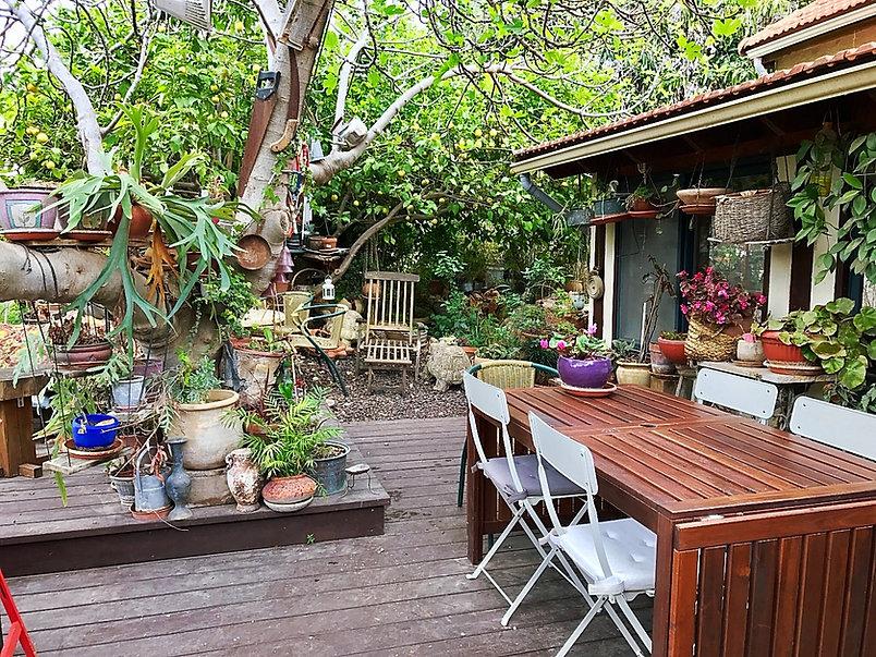 בטבע של בני בצל התאנה מסעדה טבעונית ביתית בצפון הארץ