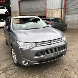 Mitsubishi Outlander PHEV 12-15 Electric Vehicle Breaking Parts Spares EV Breakers
