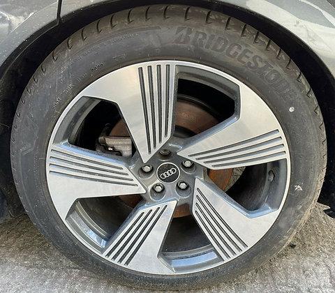 "Audi E-Tron Alloy Wheel w/ Tyre 20"""