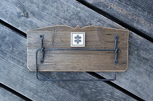 uchwyt na ręcznik papierowy - haft zachełmiański - KWIATEK
