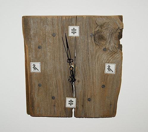 ZEGAR - haft zachełmiański - kwiatek / ptaszek