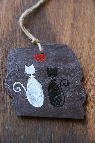 Malowane koty na łupku