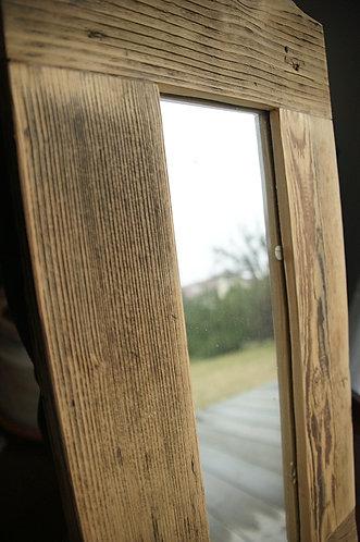 """lustro w drewnianej ramie  26 x 55 cm """"antyczne"""""""