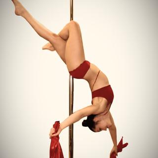 Pole Dance Show bei MonoPole Dance