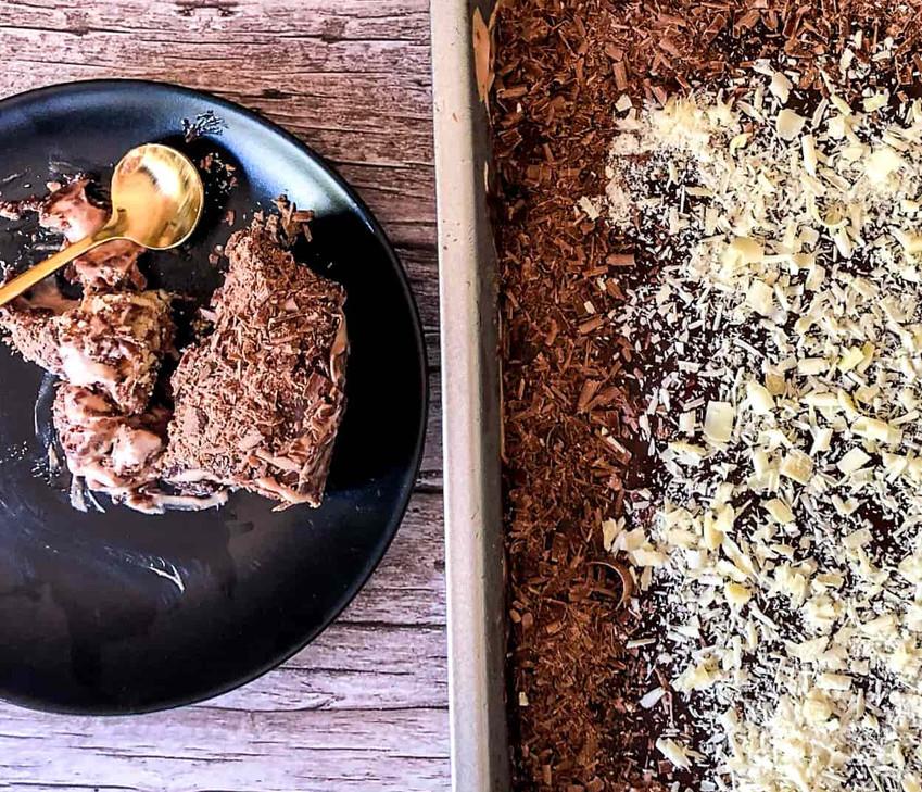 עוגת כדורי שוקולד ומוס נוטלה