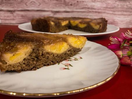 עוגת בננות-קרמל-קפה הפוכה