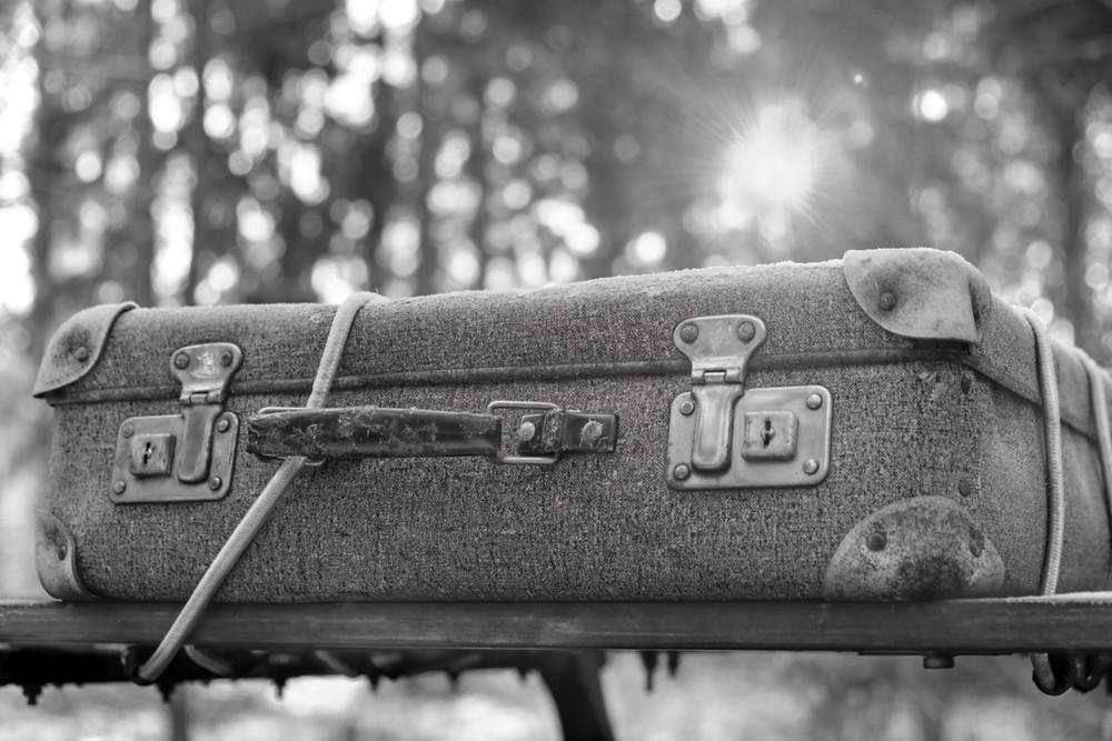לעולם אל תפתח את המזוודה הזו כך ציוותה אמו של אנדרה בורס למרות בקשתה המפורשת, עשר שנים לאחר מותה – החליט לפתוח אותה! מה מצא שם?....