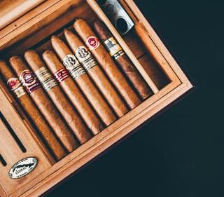 Humidor Fresh Cigar Selection
