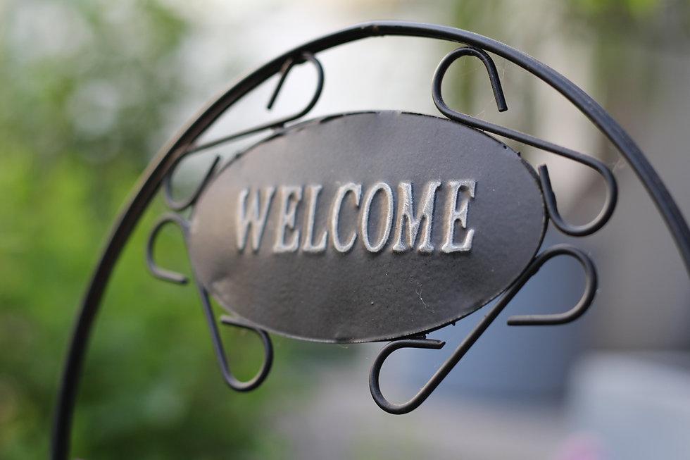 welcome-5305519.jpg