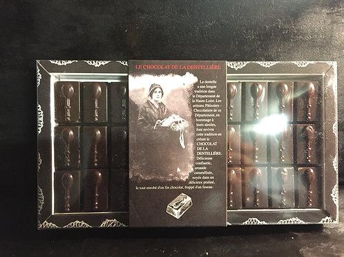 Dentellière au chocolat Noir