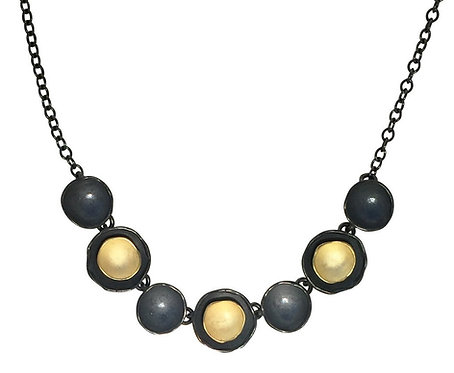 Seven Dishy Oyster Necklace