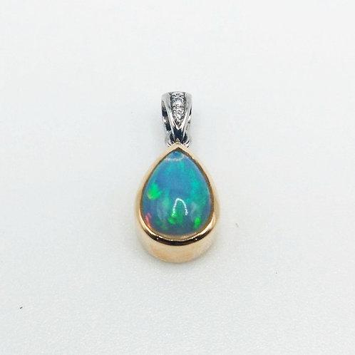 Kostbar Opal Pendant