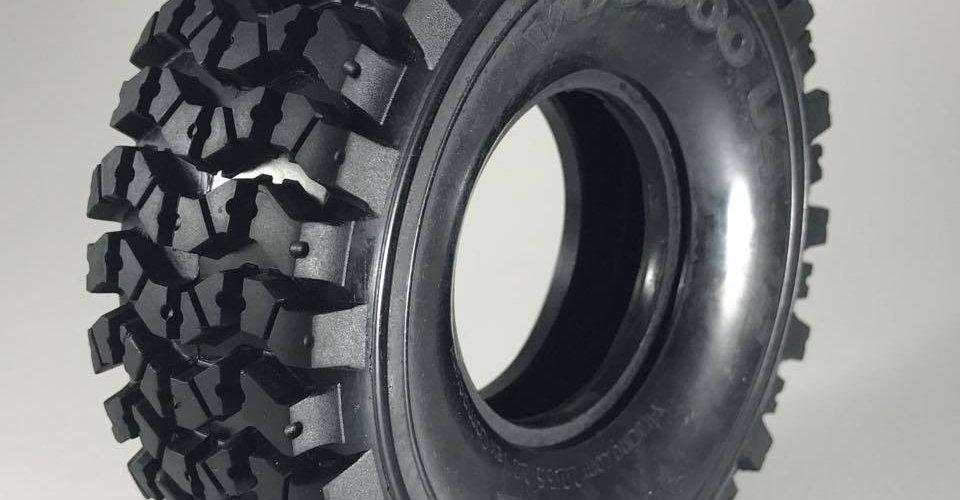 Voodoo U4 2.2  (2 tires, foams not included)