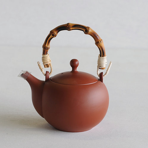 Tokoname ware clay circle tea pot (red) (wooden handle) (320mL)