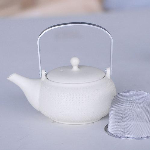 Ceramic tea pot (white/round shape/Tokoname ware)