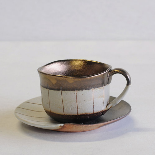 Stripe clay tea cup & saucer (white)